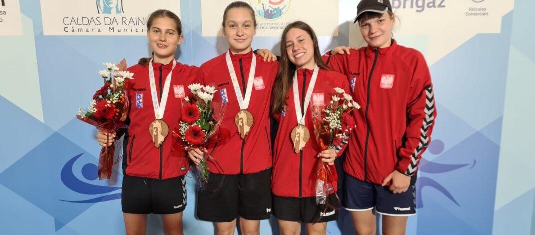 Srebro w sztafecie kobiet i brąz w drużynie na Mistrzostwach Europy Juniorów Młodszych w Portugalii